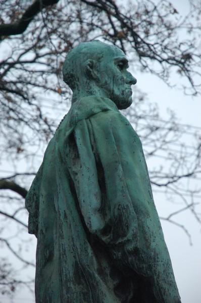 Skulptur av Auguste Rodin - Sommeroparken